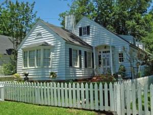 picket-fences-house